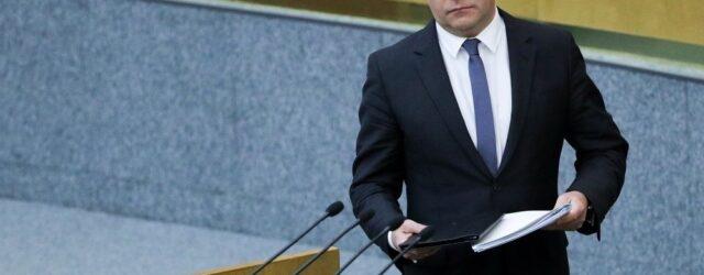 2 c9e8b022 640x250 - Отзывы и мнения об отставке Медведева